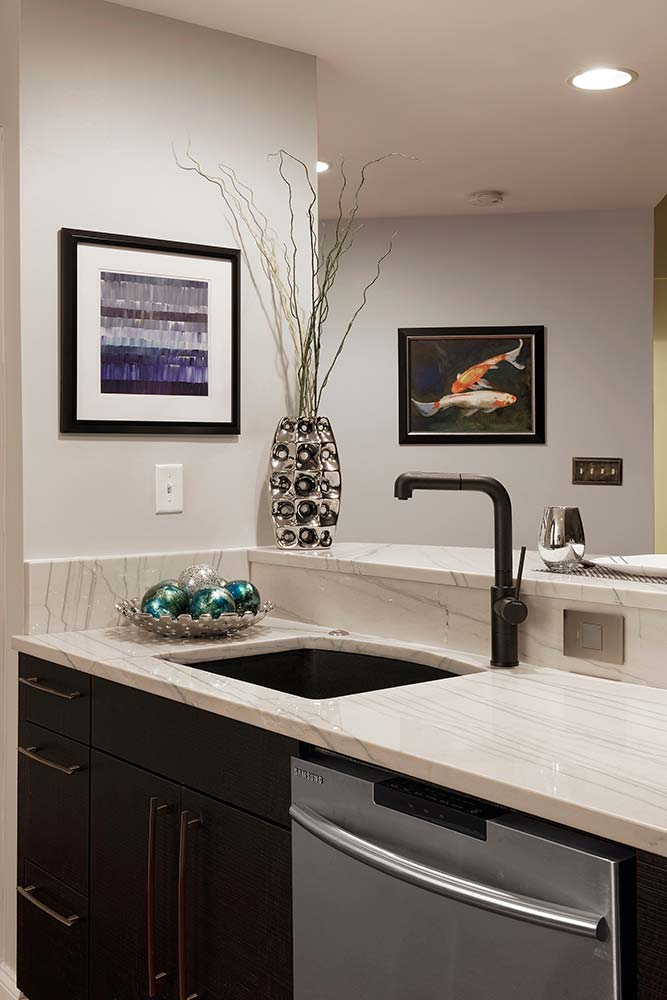 B T Kitchens And Baths